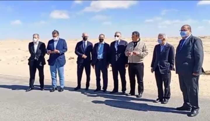 من معبر الكركرات تشيد الأحزاب الوطنية بالتدبير الحكيم والحازم للملك محمد السادس