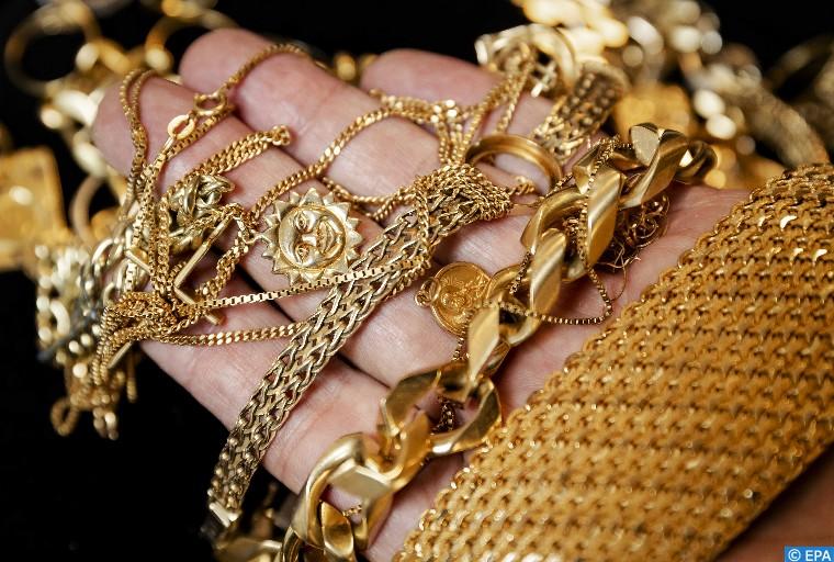 ارتفاع أسعار الذهب 1ر0 بالمائة في التعاملات الفورية